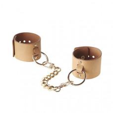 Наручники Bijoux Indiscrets MAZE - Wide Cuffs Brown, экокожа, стильные браслеты, подарочная упаковка